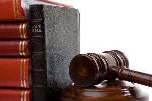 ley y Biblia