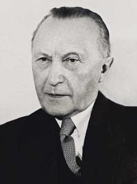 Adenauer2