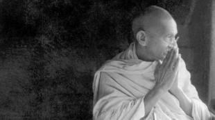 Gandhi5