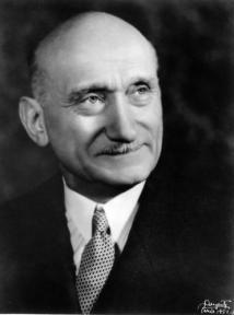 robert-schuman-1951