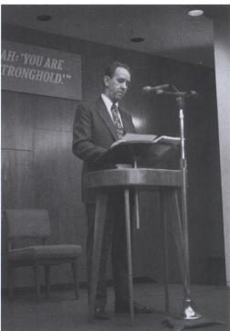Raymond Franz 001